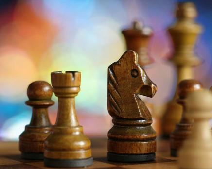 शतरंजकीबाज़ी : A Game ofChess