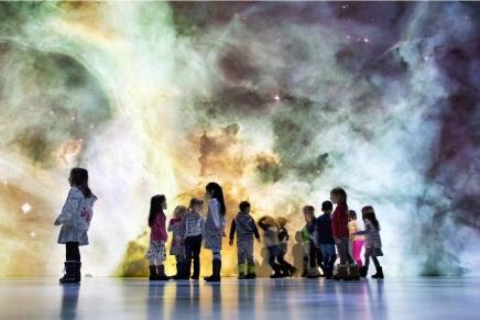 केवल कुछ अरब प्रकाश वर्ष लंबे-चौड़े ब्रह्मांड में 20 खरब मंदाकिनियां कैसे समा सकतीहैं?