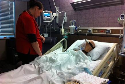 क्या प्राइवेट अस्पताल मृत मरीज को भर्ती दिखाकर पैसे बना सकतेहैं?