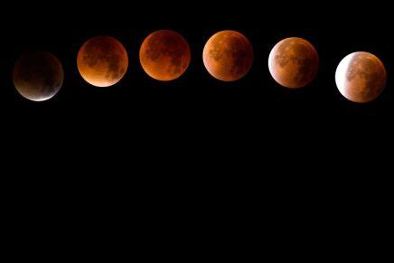31 जनवरी को पड़नेवाला दुर्लभ 'सुपर ब्लू बल्ड मून' चंद्र-ग्रहण देखना नभूलें