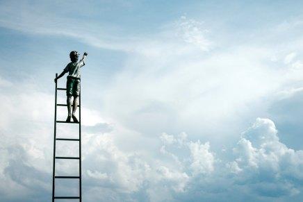 आदतों से छुटकारा : सफलता कीसीढ़ी