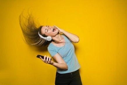कभी-कभी संगीत सुनते या पेशाब करते समय सिहरन क्यों होतीहै?