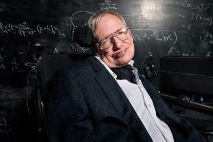 स्टीफ़न हॉकिंग को ब्लैक होल्स सिद्धांतों के लिए नोबल पुरस्कार क्यों नहींमिला?